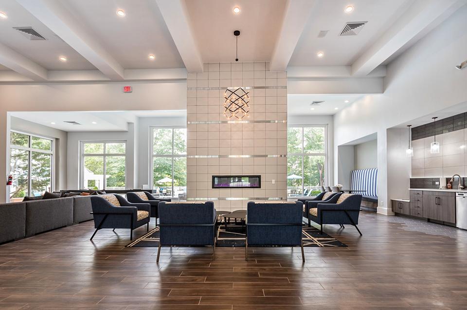 Apartment For Rent in Brook Arbor